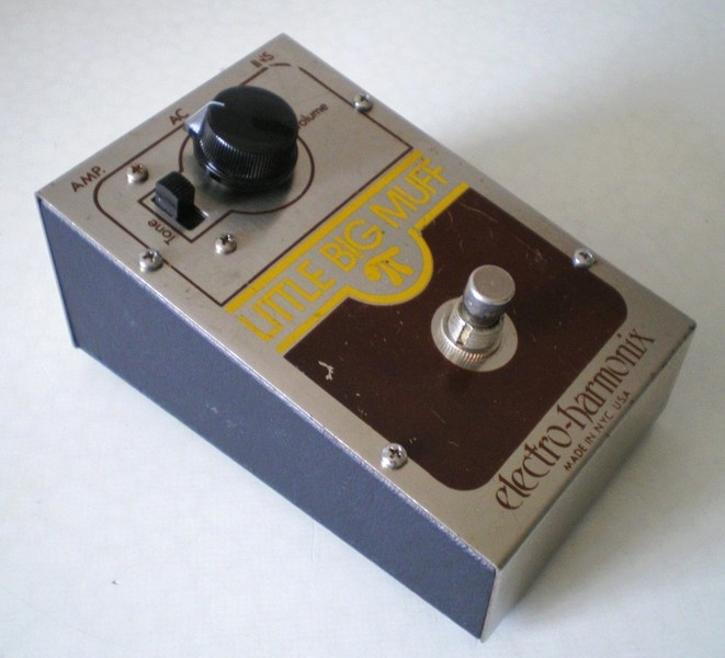 TONEHOME - the World of Vintage Guitar Effects Pedals - Little Big on
